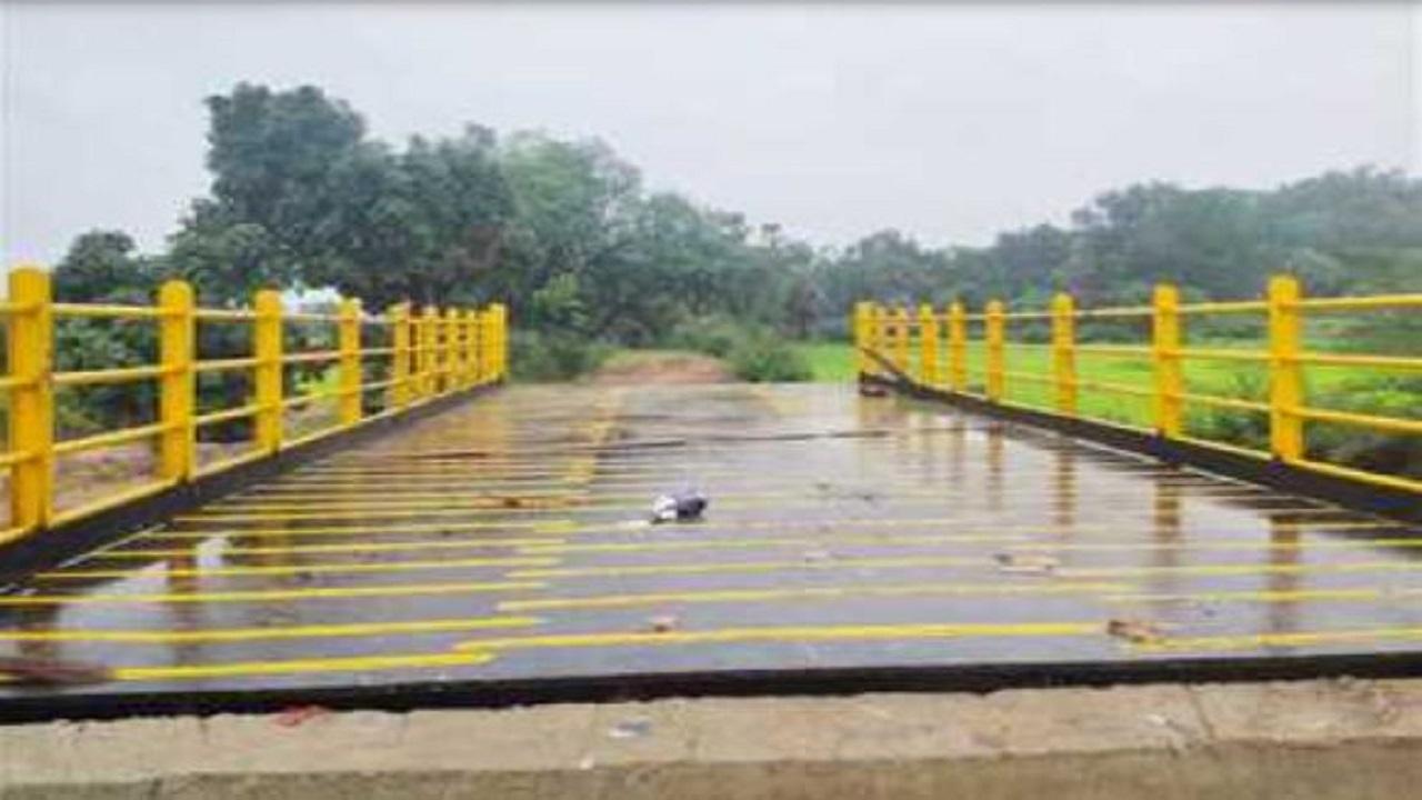 छत्तीसगढ़: नक्सल प्रभावित दंतेवाड़ा में जिले का पहला लोहे का पुल बनकर तैयार, बनेंगे ऐसे 7 और पुल