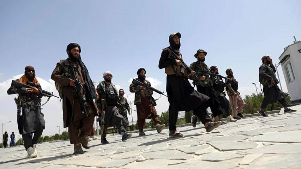अफगानिस्तान: तालिबान को लगा बड़ा झटका, स्थानीय विद्रोही गुटों ने 3 जिलों को कराया आजाद