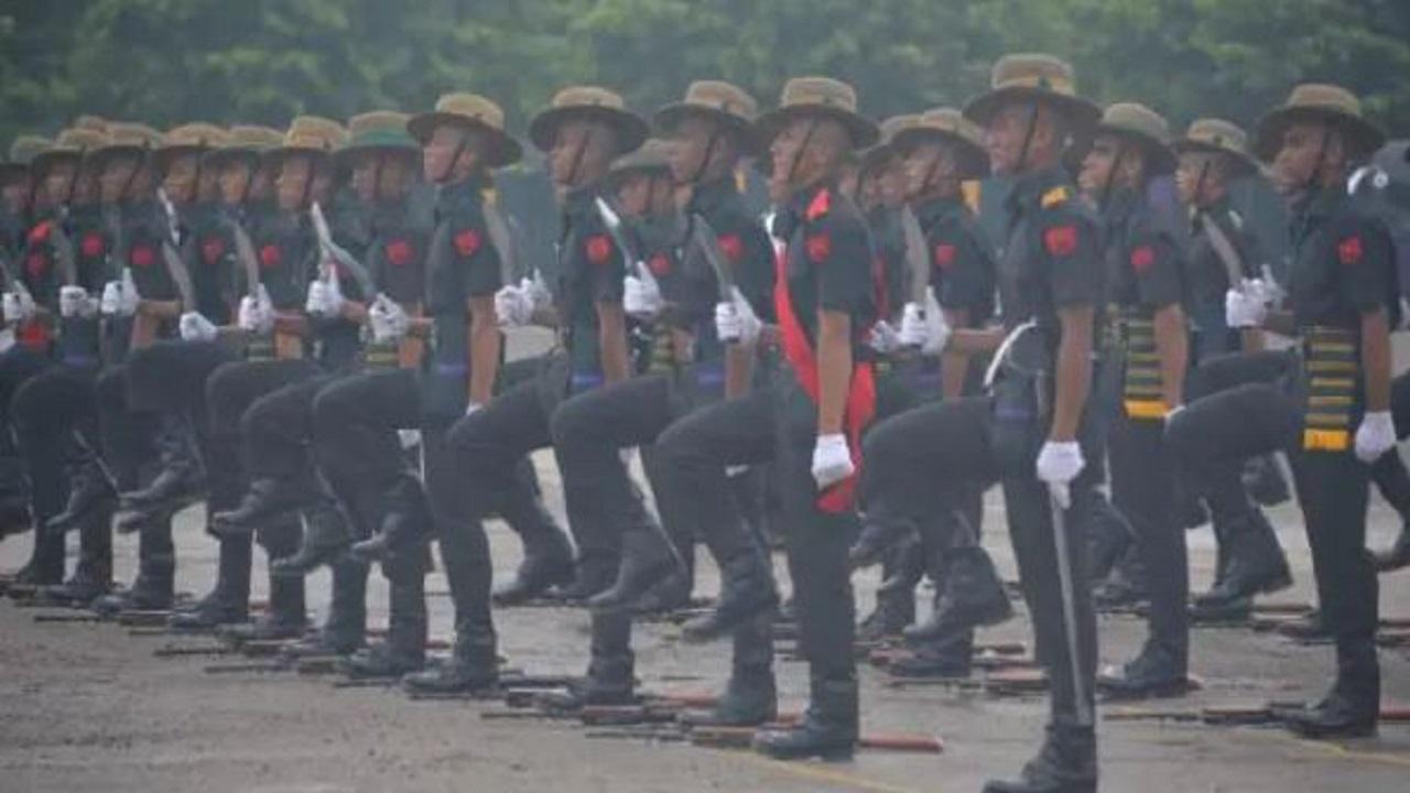 64 गोरखा जवान बने Indian Army का हिस्सा, ली देश सेवा की शपथ