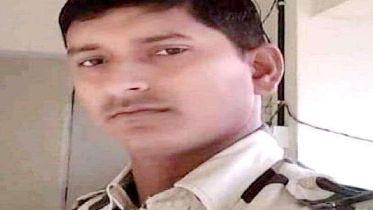 बिहार: पंजाब के अटारी बॉर्डर पर शहीद हुए बांका के BSF जवान चंदन कुमार सिंह, 5 साल पहले हुई थी शादी