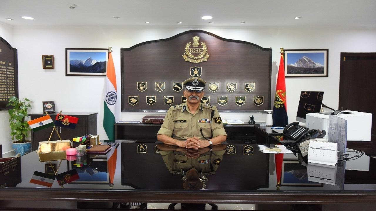पंकज कुमार सिंह बने BSF के नए DG, देखें PHOTOS