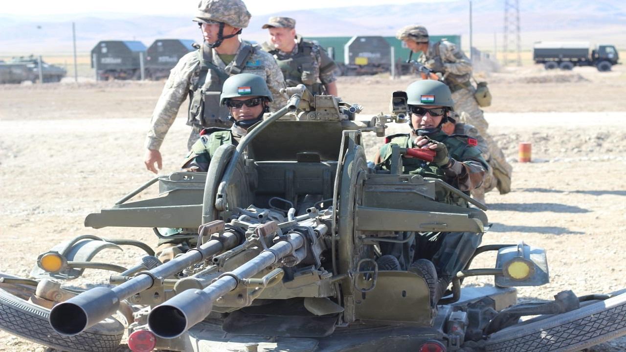 भारत-कजाकिस्तान का संयुक्त सैन्य अभ्यास 'KAZIND 2021', देखें PHOTOS