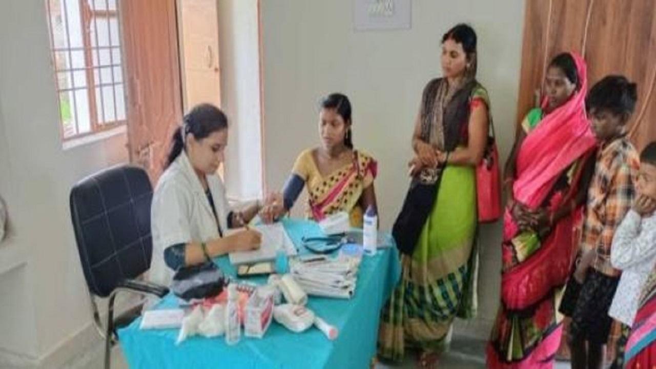 बिहार: गया के नक्सल प्रभावित इलाकों में लगातार हो रहा विकास, लोगों को मिल रहीं शिक्षा-स्वास्थ्य की बेहतर सुविधाएं
