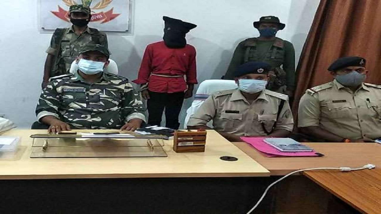 झारखंड: लातेहार में टीएसपीसी का उग्रवादी प्रदीप कुमार गंझू गिरफ्तार, हथियार बरामद
