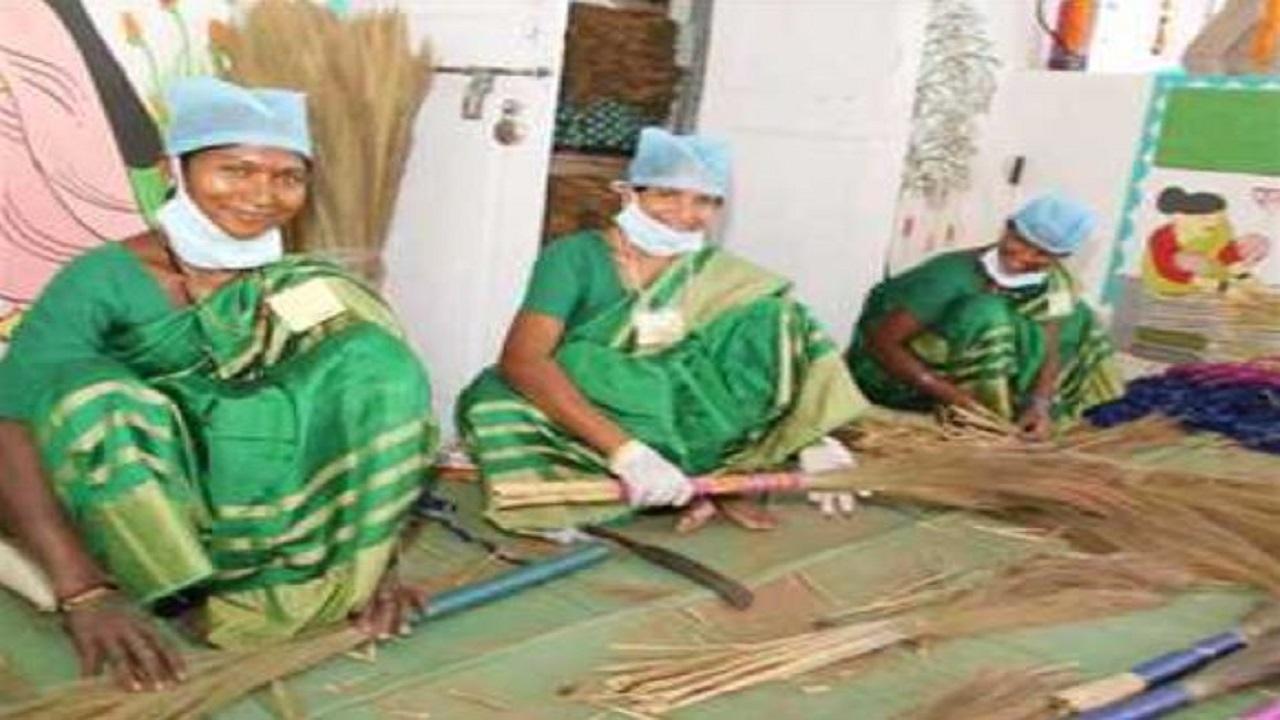 छत्तीसगढ़: नक्सल प्रभावित नारायणपुर की महिलाओं का जज्बा, इस तरह हो रहीं आत्मनिर्भर