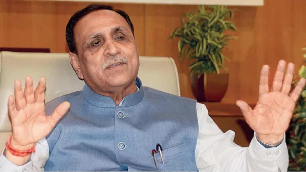 गुजरात के मुख्यमंत्री विजय रूपाणी ने पद से दिया इस्तीफा, बताई ये वजह