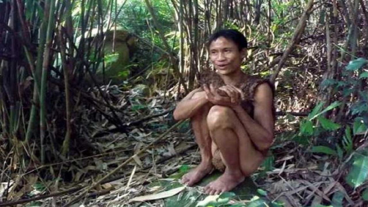 जंगलों में 41 साल रहा 'रियल लाइफ टार्जन', इंसानों के साथ नहीं कर पाया एडजस्ट; 8 साल में ही हो गई मौत
