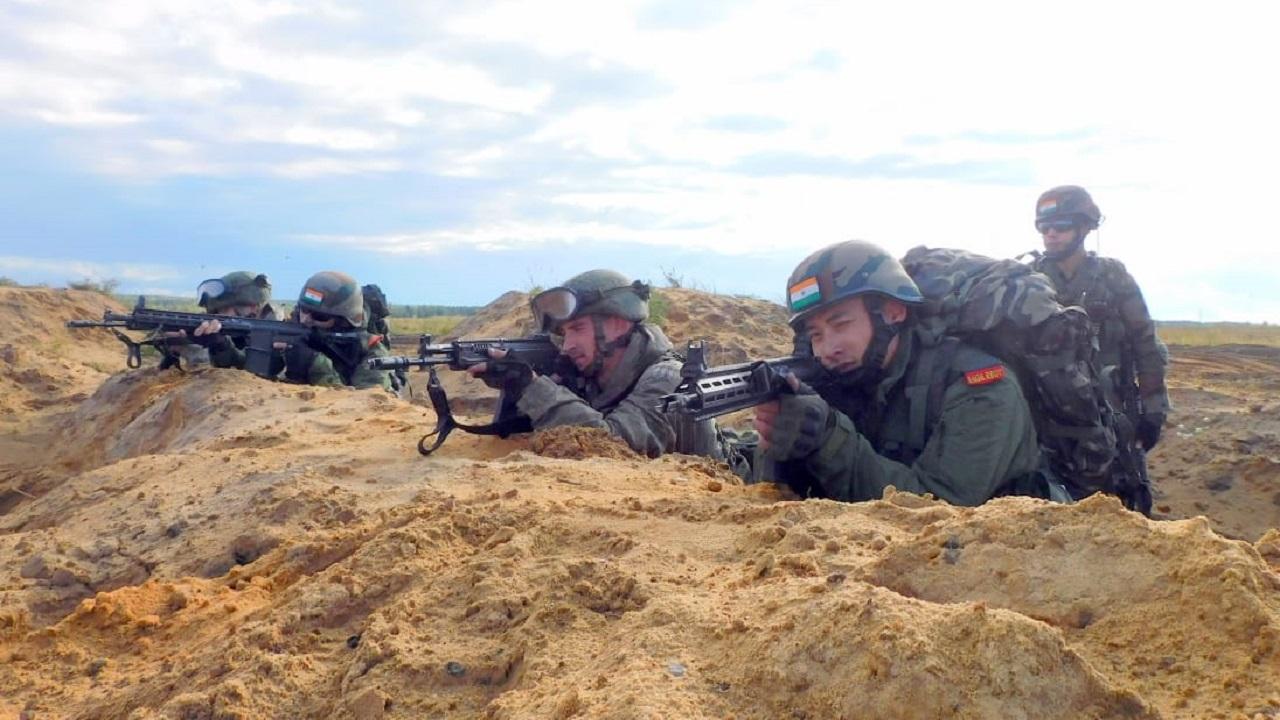 ZAPAD 2021: Indian Army ने रूस में दिखाया अपना दमखम, देखें PHOTOS