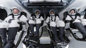 एलन मस्क की कंपनी ने रचा इतिहास, पहली बार अंतरिक्ष की सैर पर गये 4 आम इंसान, नासा ने भी दी बधाई