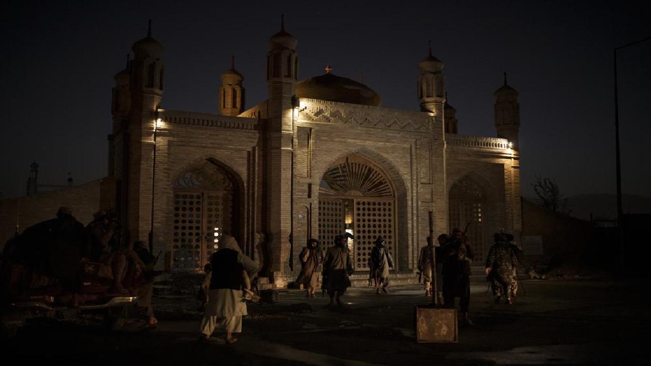 अफगानिस्तान: तालिबान ने लिया काबुल में मस्जिद के बाहर हुये विस्फोट का बदला, ISIS के कई आतंकियों को मार गिराया