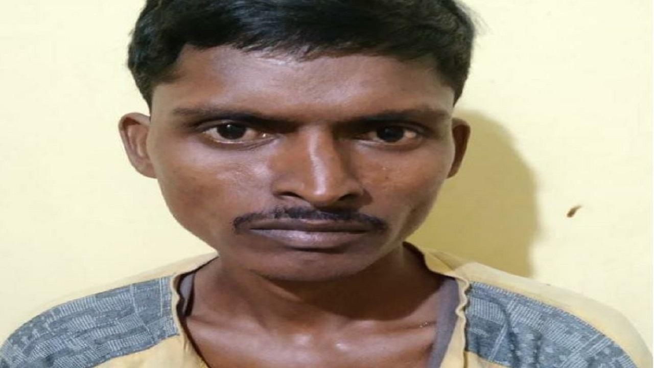 छत्तीसगढ़: बीजापुर से वारंटी नक्सली गिरफ्तार, सरपंच की हत्या में था शामिल