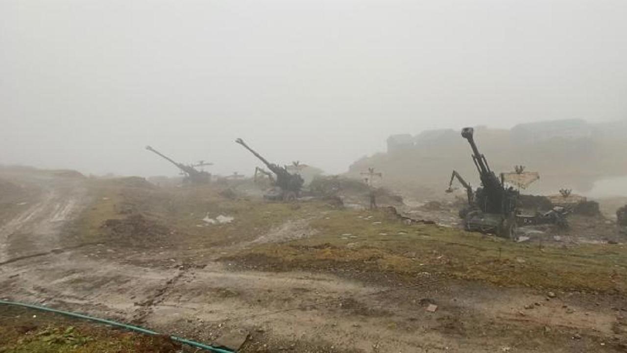 चीन के खिलाफ LaC पर भारतीय सेना ने की अत्याधुनिक तोपों की तैनाती, किसी भी विमान को मार गिराने में सक्षम