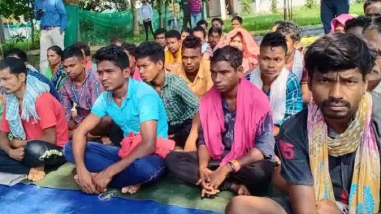 सुकमा: 'पूना नर्कोम' अभियान के तहत मिली बड़ी कामयाबी, 43 नक्सलियों ने किया सरेंडर