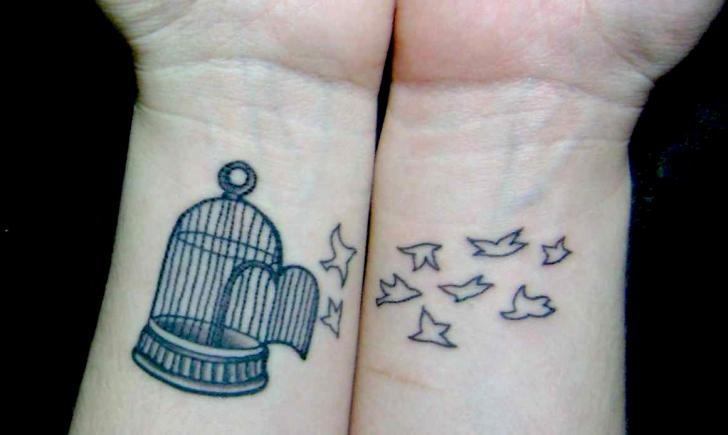 S Tattoo Designs On Wrist