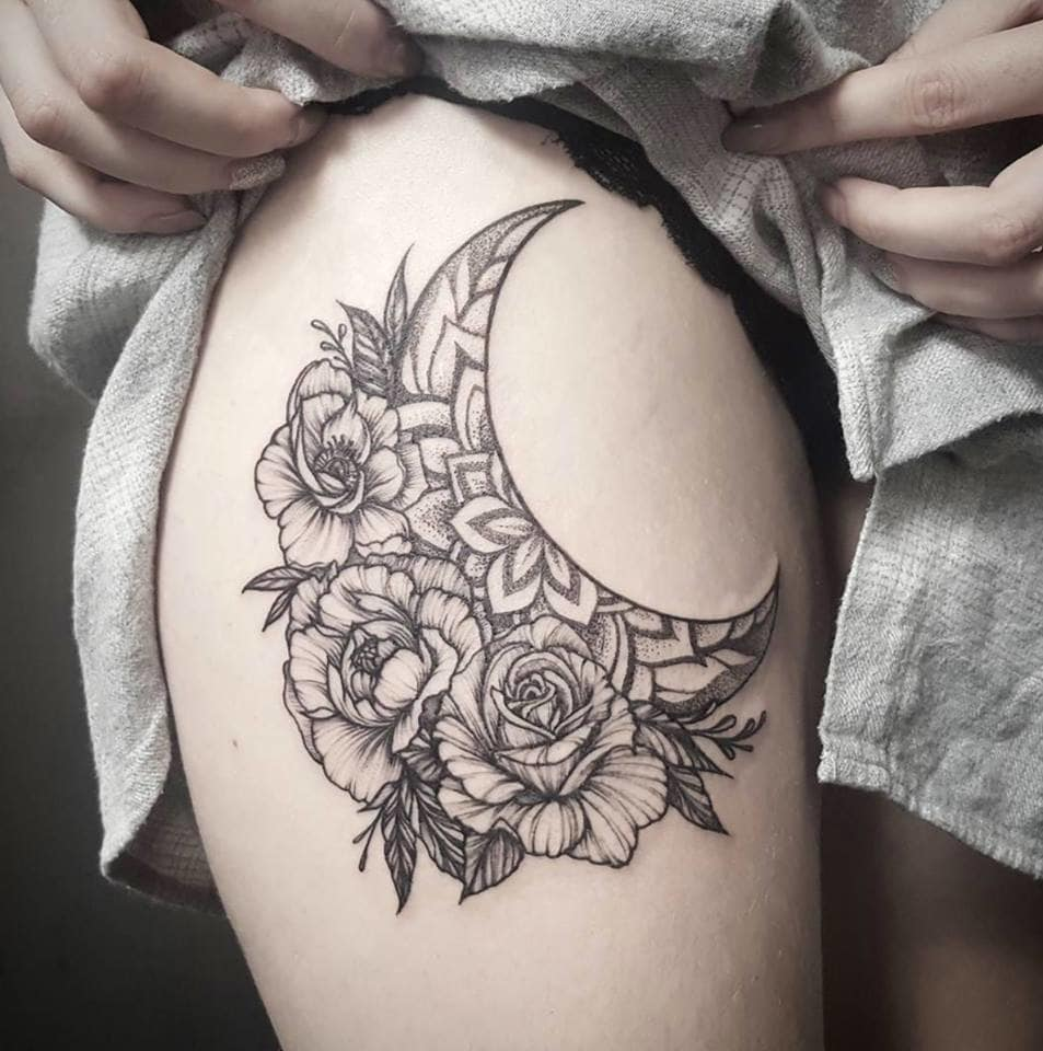 Sexy tattoo by @flaviaverda