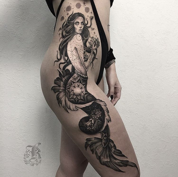 Sexy tattoo by @she_is