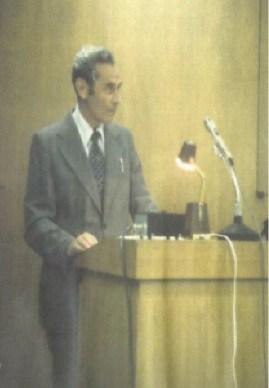 Otto Elsner presenting in Japan