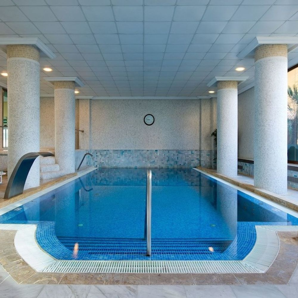 Piscina interior ipv palace spa