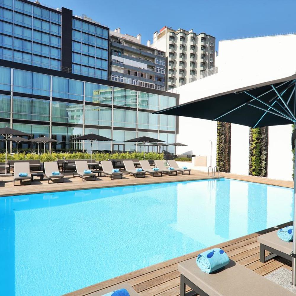 Iberostar selection lisboa swimming pool