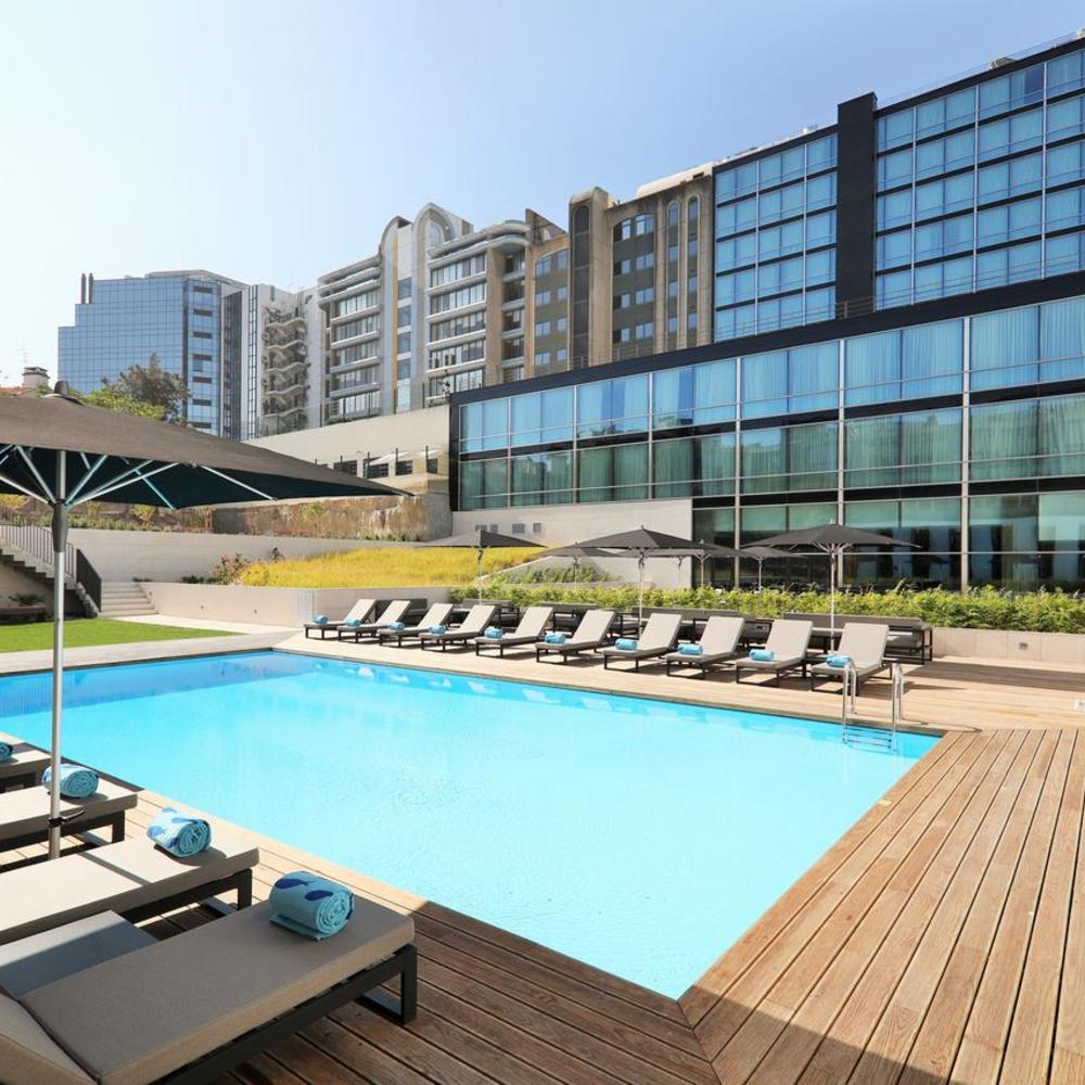 Iberostar selection lisboa outdoor swimming pool