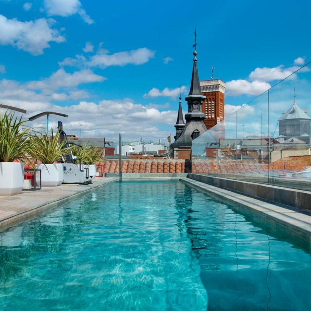 Pestana plaza mayor madrid piscina exterior day pass