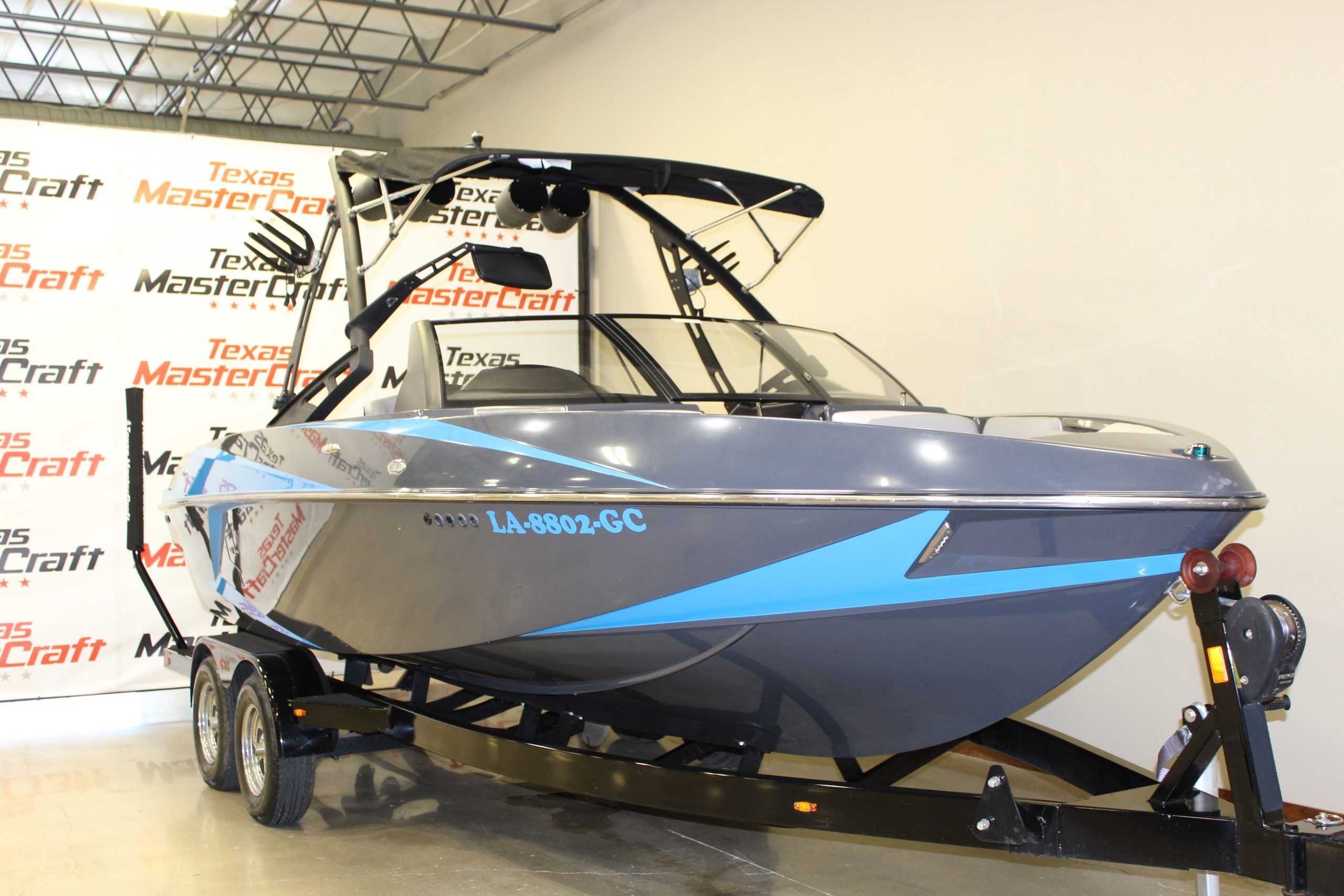 2014 Axis T22