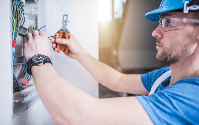 expert electricians in Sevenoaks