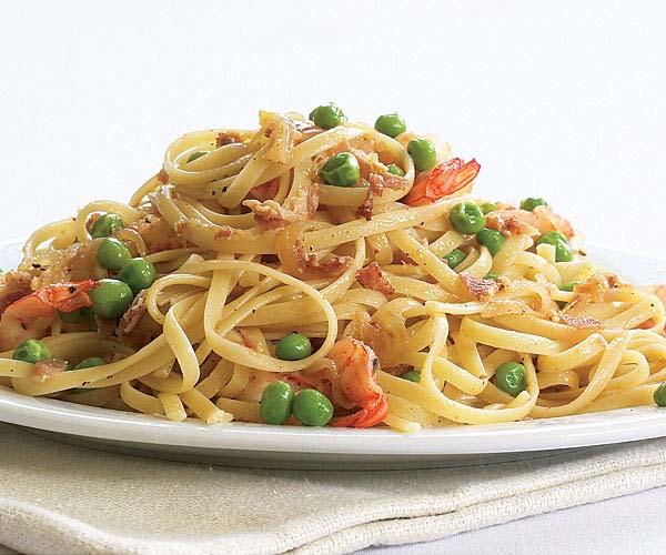Spaghetti with Peas Sauce