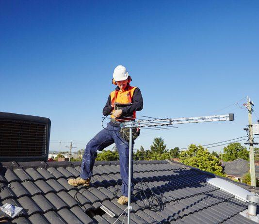 Benefits of Hiring Professional TV Antenna Installation Services