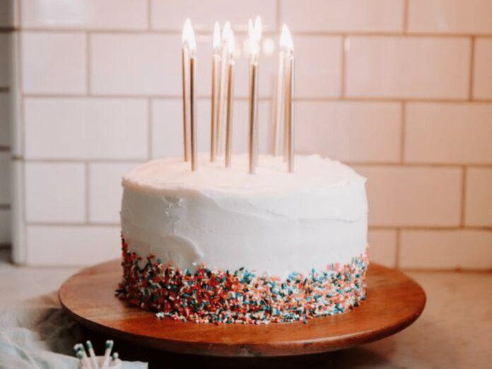 "5 Birthday Cake Ideas That Screams ""Celebrate"""