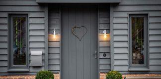Door Decoration Using Home Door Numbers in UK