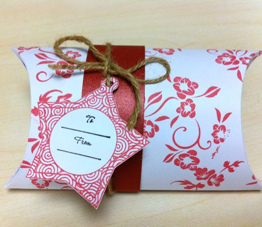 How To Buy Custom Pillow Boxes Wholesale?