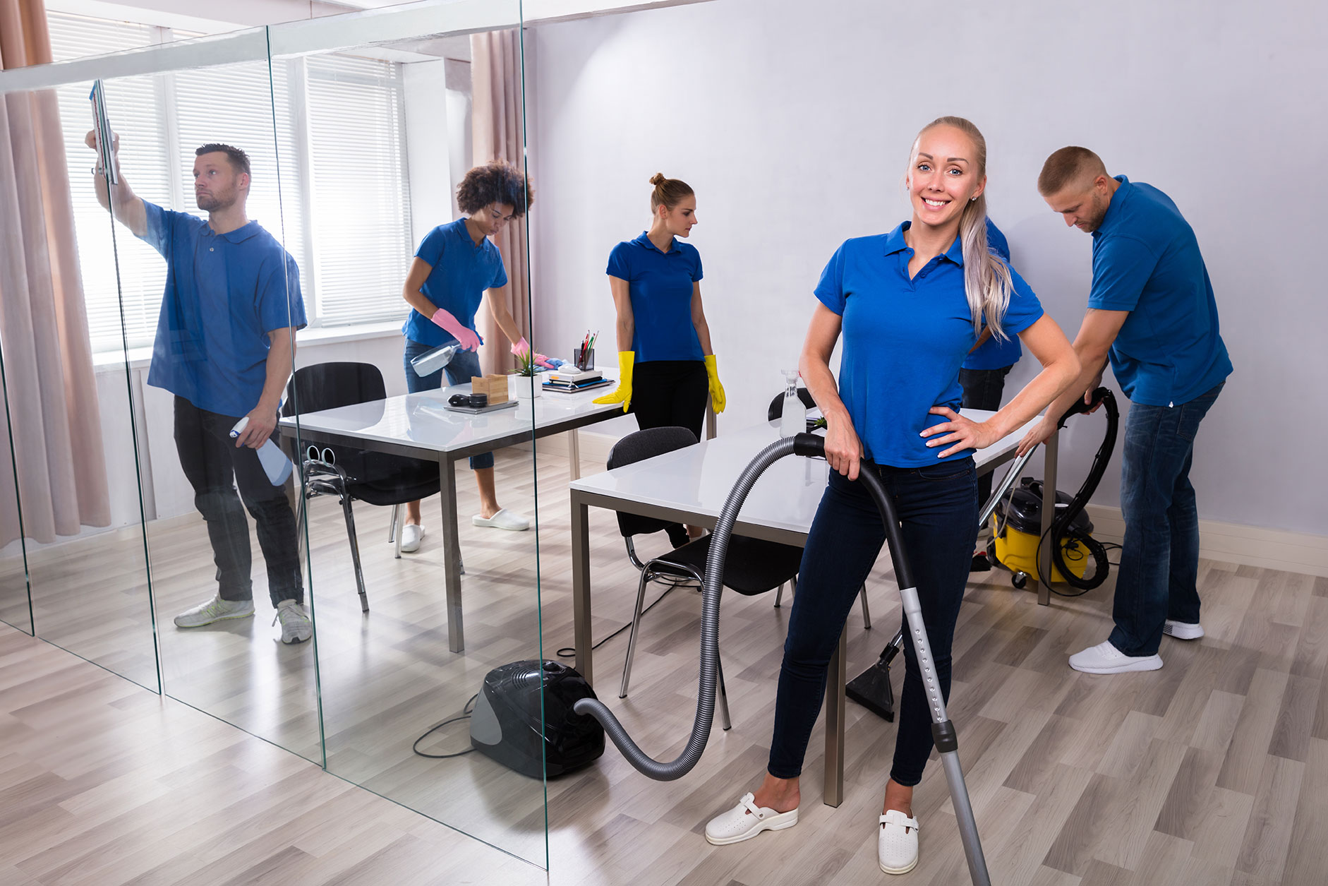 Hiring Professional Commercial Cleaning Services