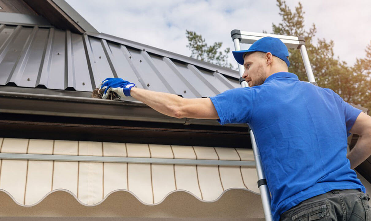 gutter cleaning services Deland