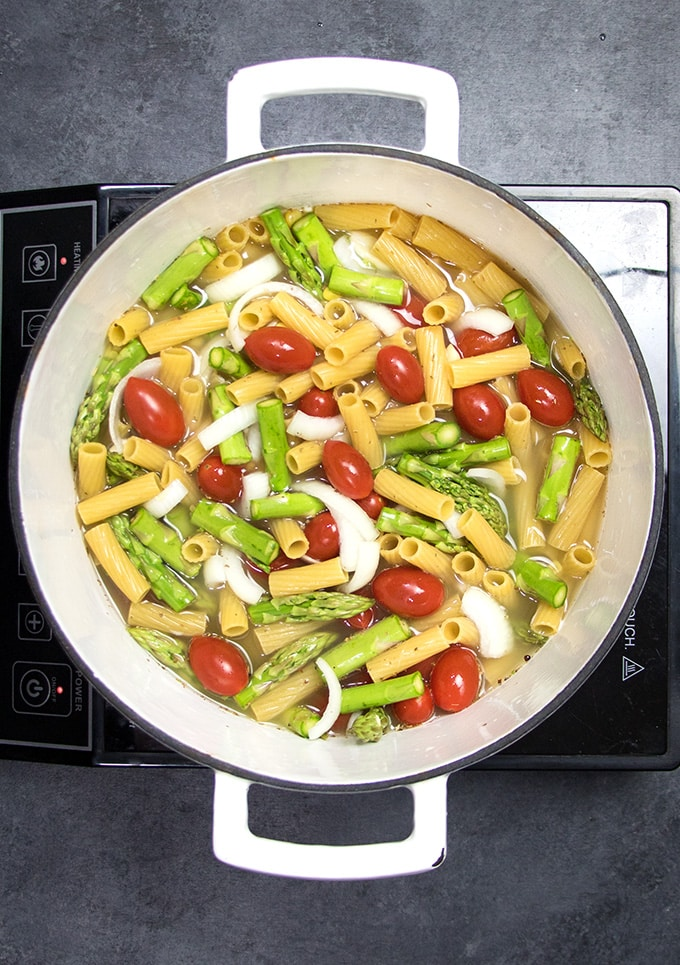 One pot spring veggie pasta the salty marshmallow one pot pasta forumfinder Image collections