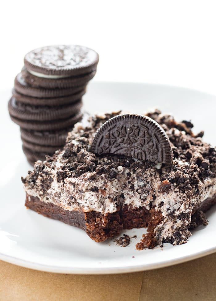 Brownie Bottom Oreo Cheesecake Bars The Salty Marshmallow