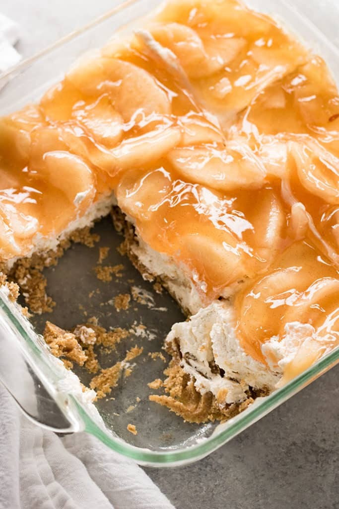 Easy no bake apple dessert with cheesecake filling