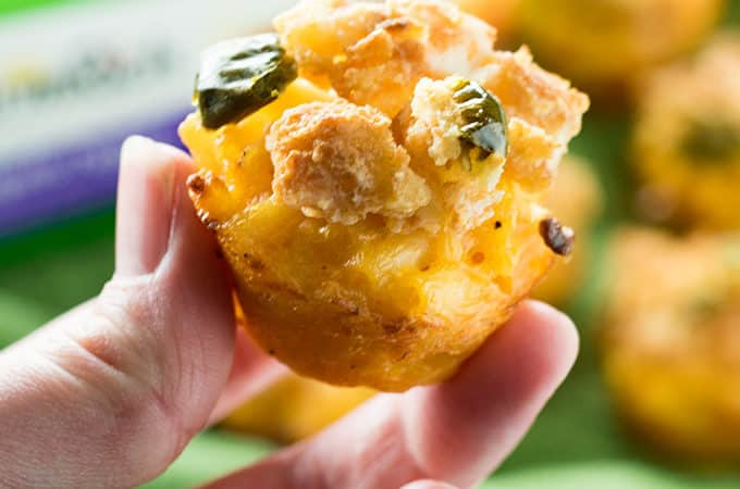 mac and cheese cups with jalapeno pepper topping