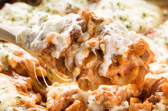 One pot lasagna with macaroni and cottage cheese