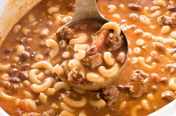 crockpot chili macaroni soup