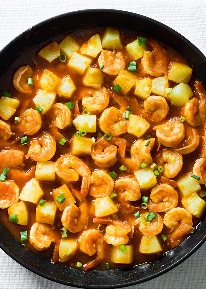 easy shrimp with pineapple and sweet chili garlic sauce
