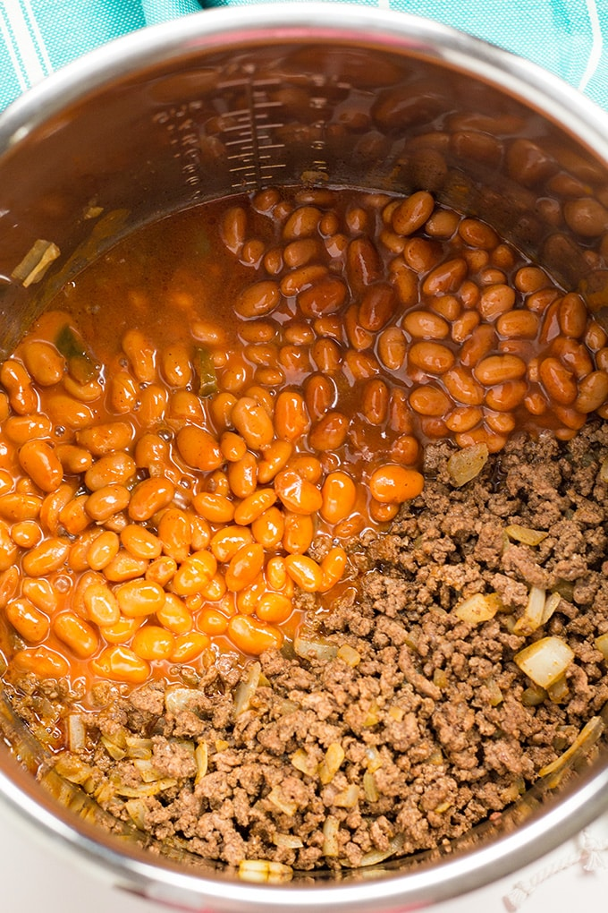 Easy instant pot chili with beef and beans