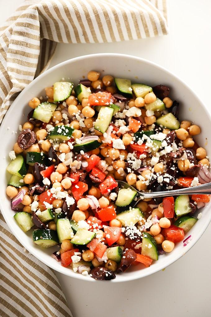 easy greek mediterranean style chickpea salad