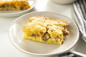 早餐砂锅bisquick和香肠