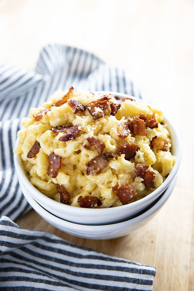 Macaroni and Cheese with Bacon Gratin