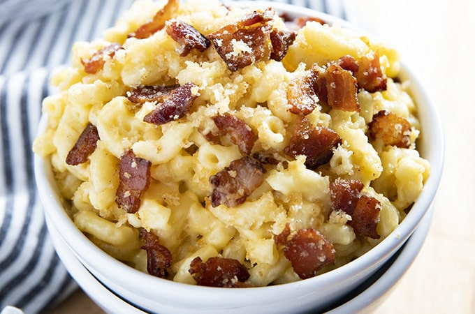 bacon mac and cheese in a bowl