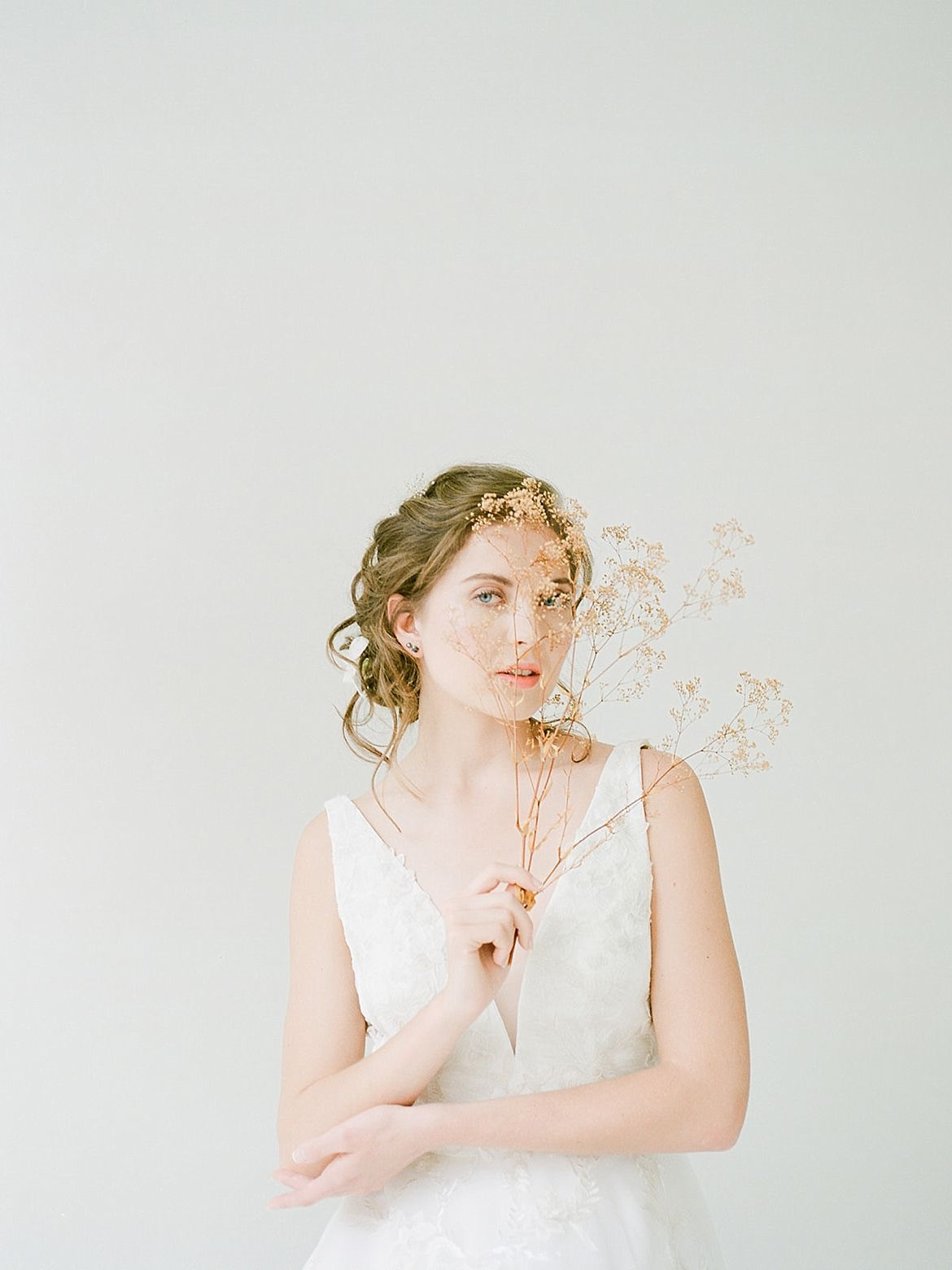 Classic White Bridal Inspiration