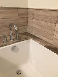 undermount bathtub