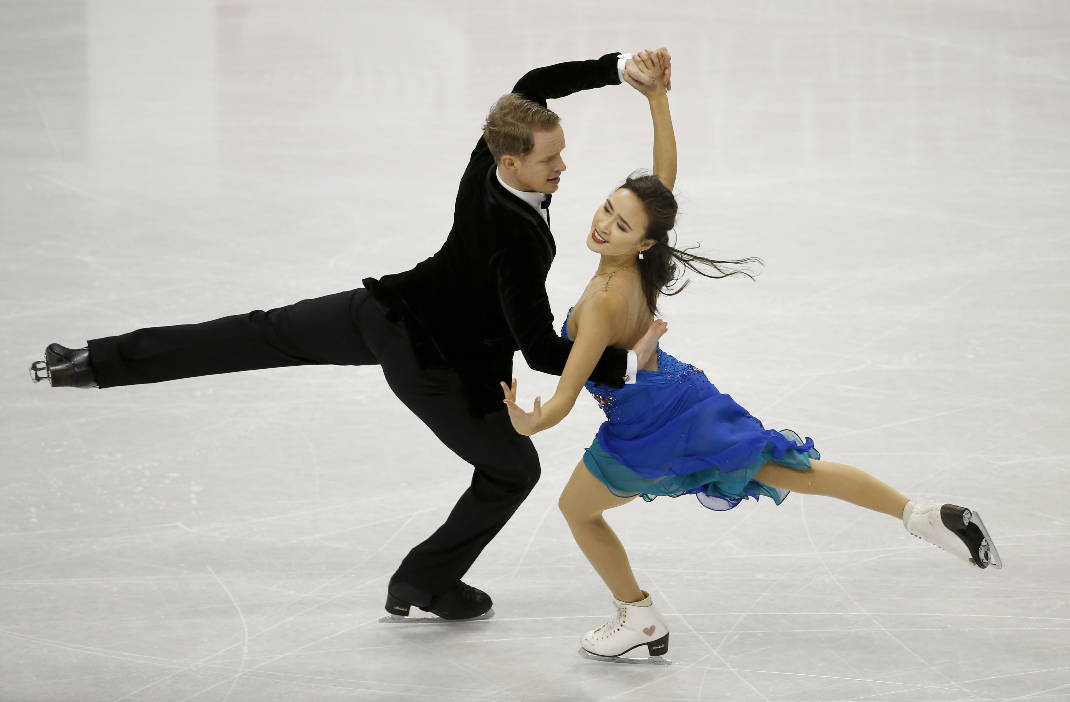 Ice Dancing Couple Who Fell Should Get a Gold Medal