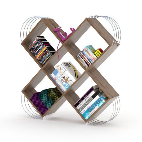 خزانة مصغرة للكتب - بني بقضبان فضية